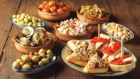 Experience Malaga Like a Local: Taste of Malaga Tapas Tour by Spain Food