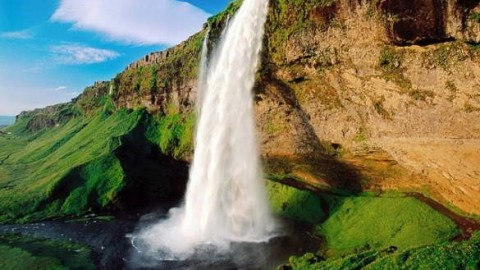 Iceland: Beauty and Adventure Sprinkled With Magic
